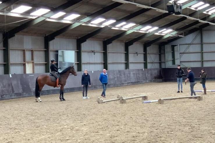 Clinic: Cavaletti en balkjes voor dressuurpaarden met Lammert Laseur
